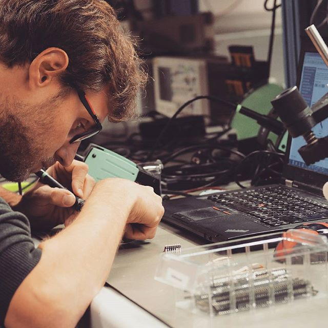 Jakob of the qBot MINImill team is working on new sensors for our cnc milling machine #qbot #work #startup #soldering #electronics #cnc #pcbmilling #grbl #technology #techie #printedcircuitboards #pcbmill #diycnc #diy #workinprogresss #gear#makersgonnamake #manufacturing #instatech