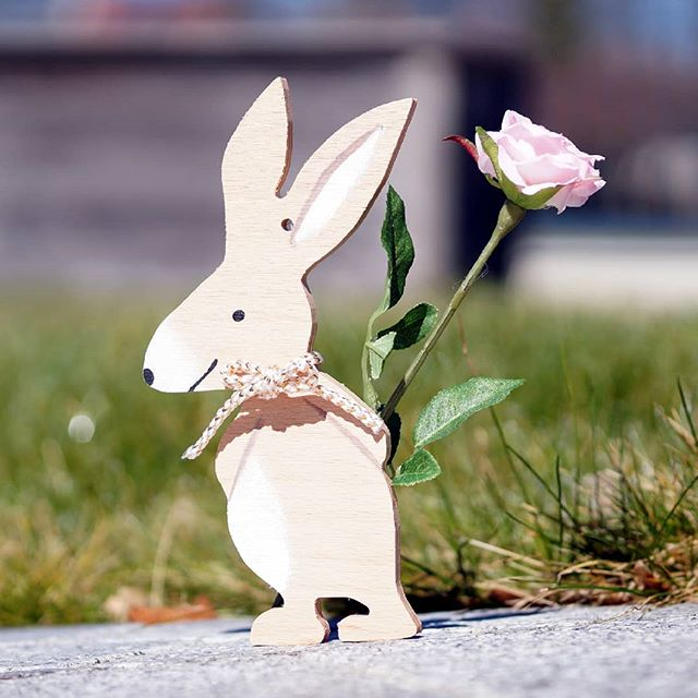 Happy Easter! We milled this beautiful Easter Bunny on our qBot MINImill #qbot #manufacturing #cncmilling #grbl #instamill #instatech #inspiration #design #easter #cnc #wood #woodworking #decoration #sofancy