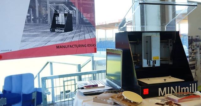 We are presenting the QBOT MINImill at the Jahrestagung Ank(l)ick zur Veränderung of the Kunststoff Cluster #minimill #mechatroniccluster #prototyping #millingmachine #pcbmilling #grbl
