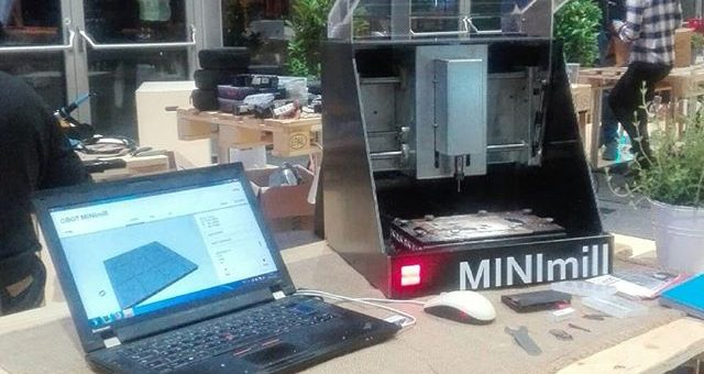 The qBot MINImill works at the Hackathon hosted by Infineon #minimilled #qbot #hackathon